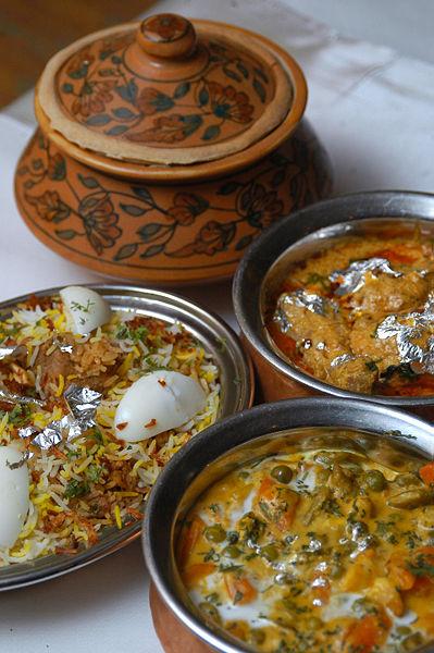 399px-India_food.jpg