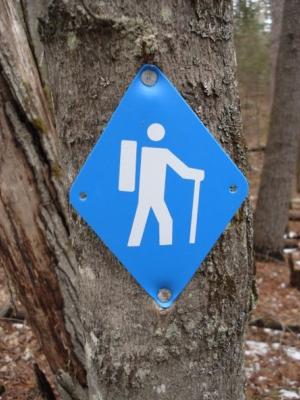 hikingsign.jpg