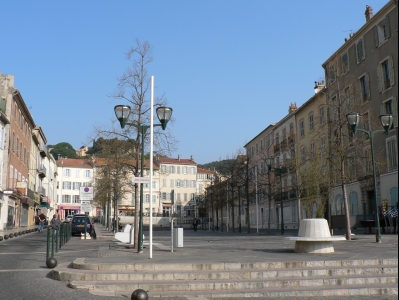 hyeres-placedelarepublique.jpg