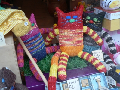 knittedtoys.jpg