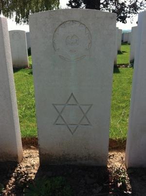 Jewishtomb.jpg